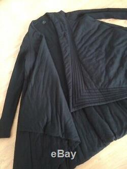 ALISTAIR TRUNG softly draped black winter quilted 100% wool swing coat size14-18