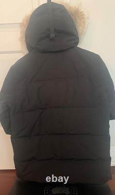 Canada Goose Wyndham Parka Slim Fit Black 3808M Size Large AUTHENTIC
