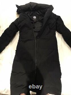 Ladies mystique Canada goose coat Size M