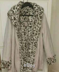 MUST SEEDennis Basso 3X Ivory & Beige Snow Lynx Faux Fur Reversible Coat