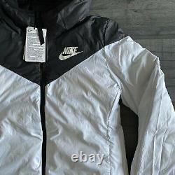 Nike Womens Down Fill Reversible Jacket X-small & Small Black/white 939440-010