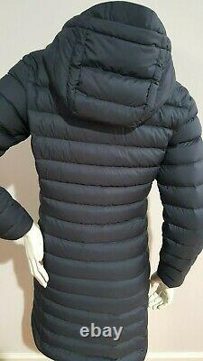 PATAGONIA WOMEN'S SILENT DOWN PARKA With HOOD SIZE XS IN NAVY BLUE