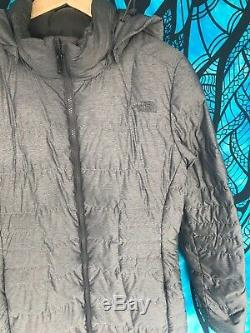 THE NORTH FACE 550 Womens Medium Long Quilted Hooded Parka Coat Jacket Gray